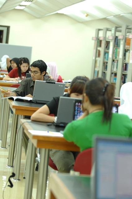 Leichter Studieren mit Kredite für Studenten